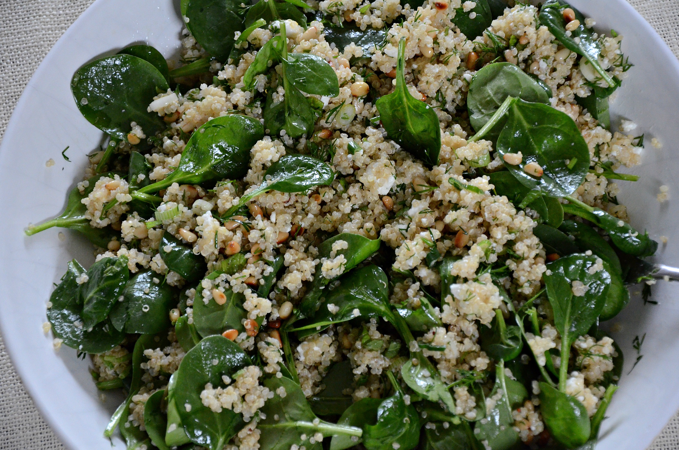Spinach & pesto quinoa salad | LH Lifestyle